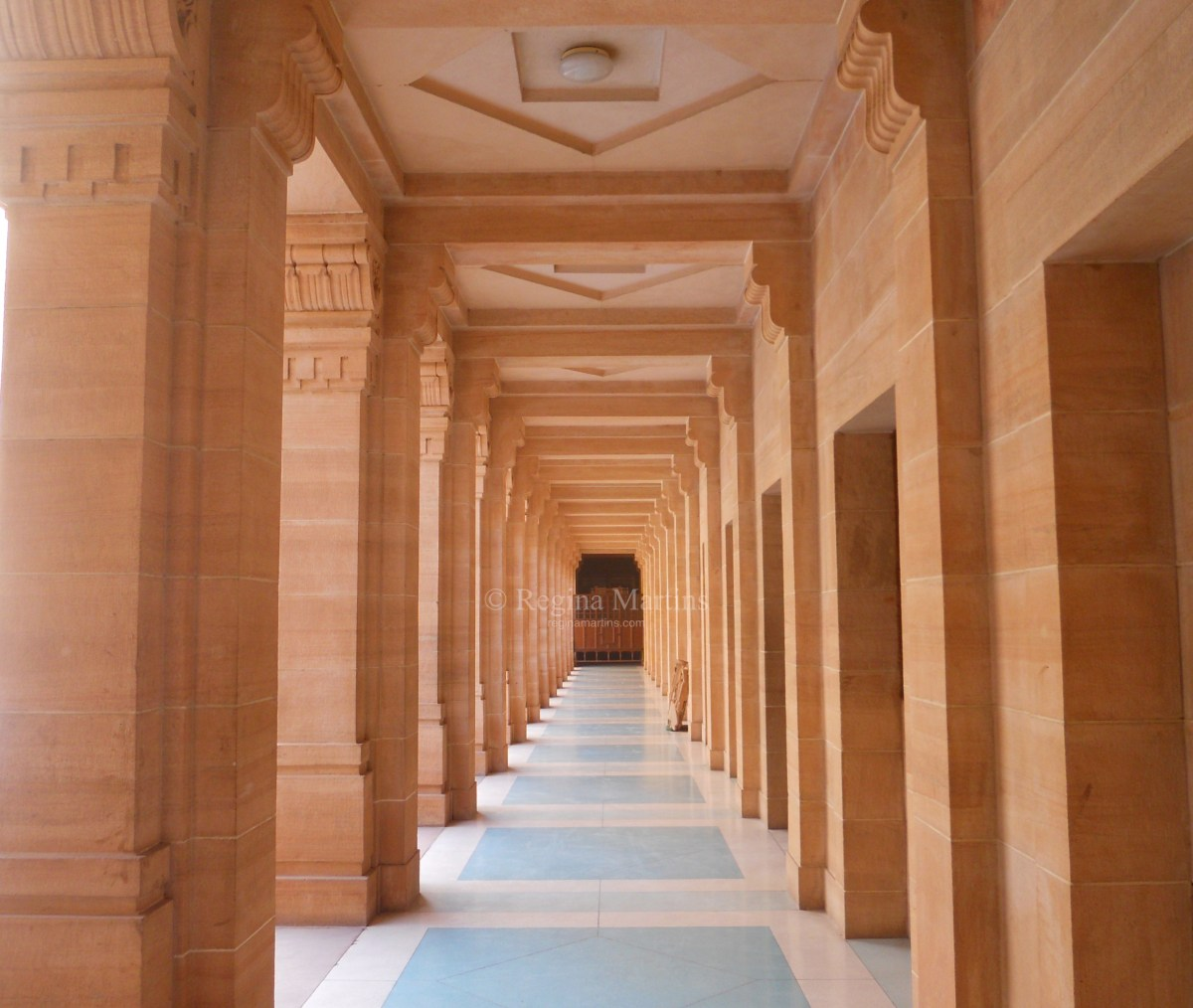 Wordpress Weekly Photo: Symmetry - India
